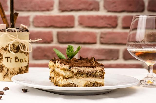 italian-food-2157246_640